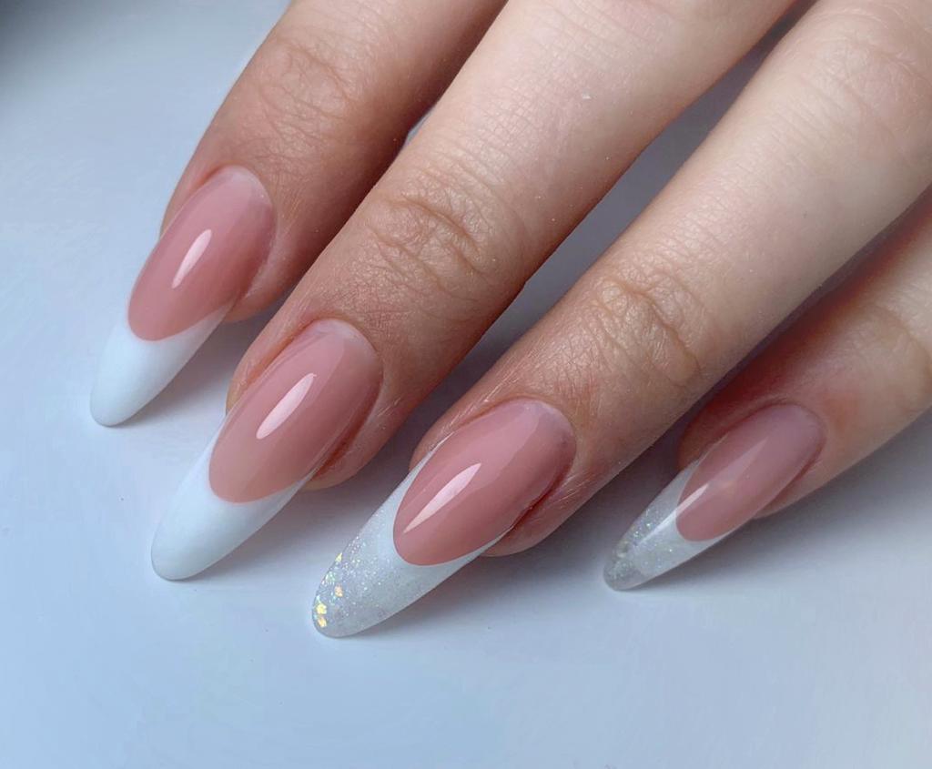 Resultado de curso de uñas de acrigel en Granada