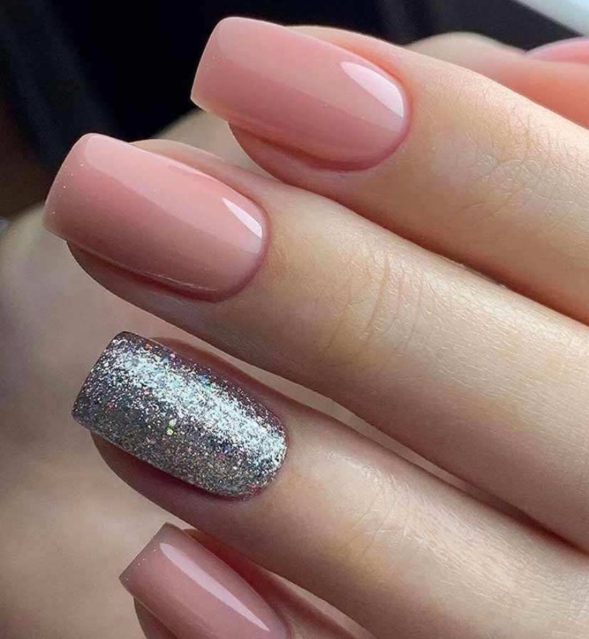 cursos de pintura de uñas en Granada acrílica, de gel, manicura francesa, etc